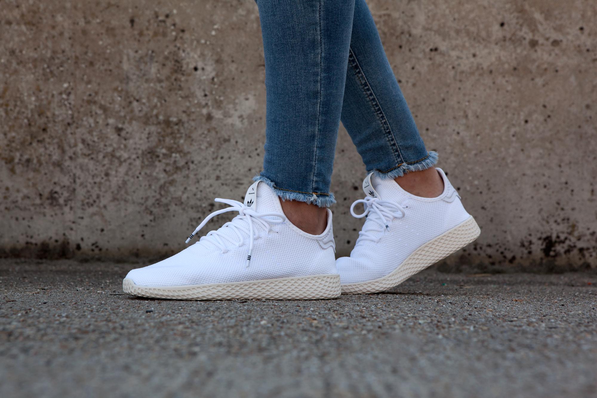 adidas Wit Dames | Zapatillas hombre moda, Zapatillas hombre ...