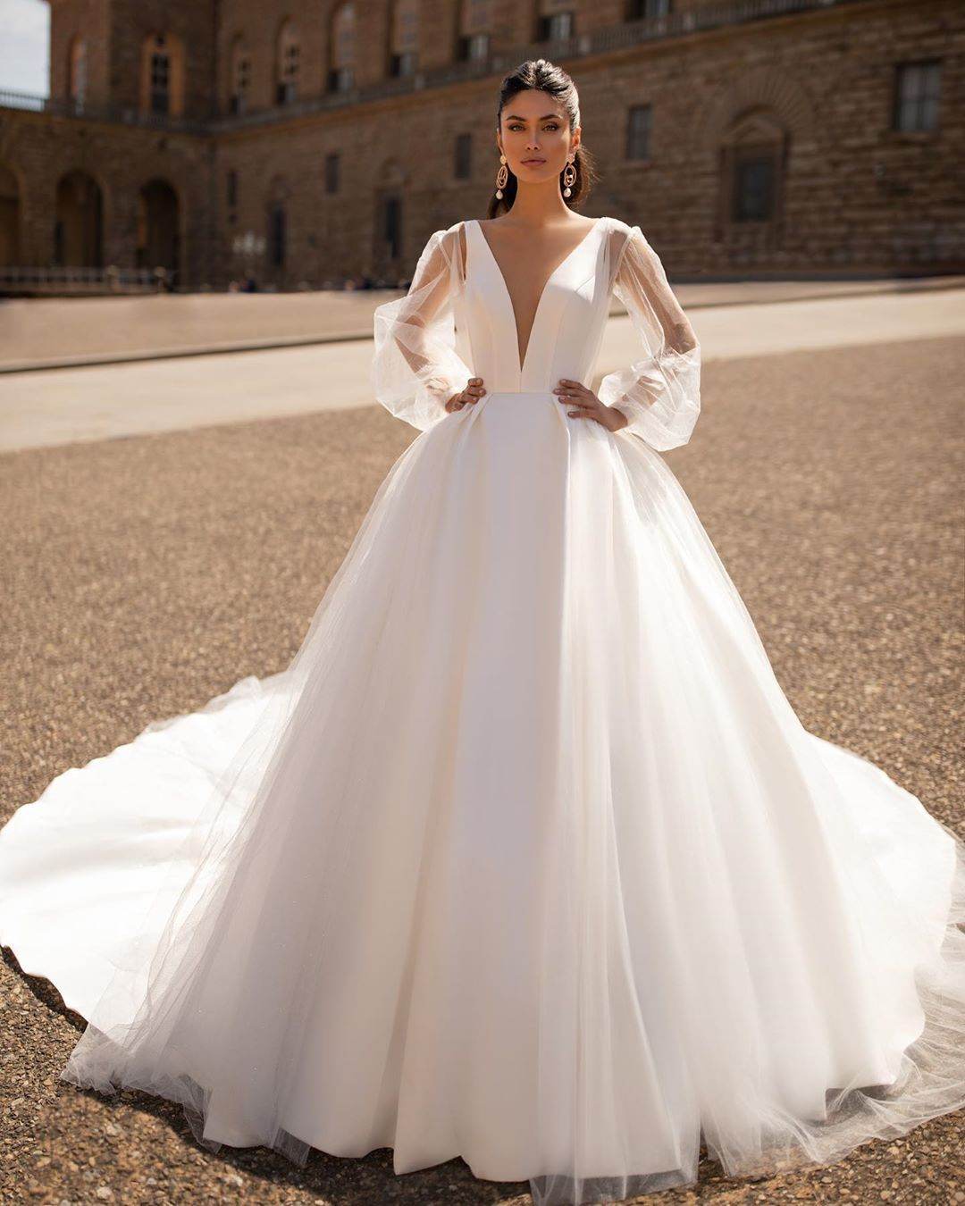 Milla Nova In 2020 Junior Bride Dresses Ball Gown Wedding Dress Alternative Bridesmaid Dresses