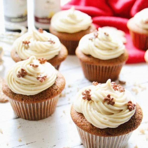 Cupcakes w Brown Sugar These cupcakes are sure to get you in the Christmas spirit Gingerbread Cupcakes w Brown Sugar Cream Cheese frosting Gingerbread Cupcakes w Brown Su...