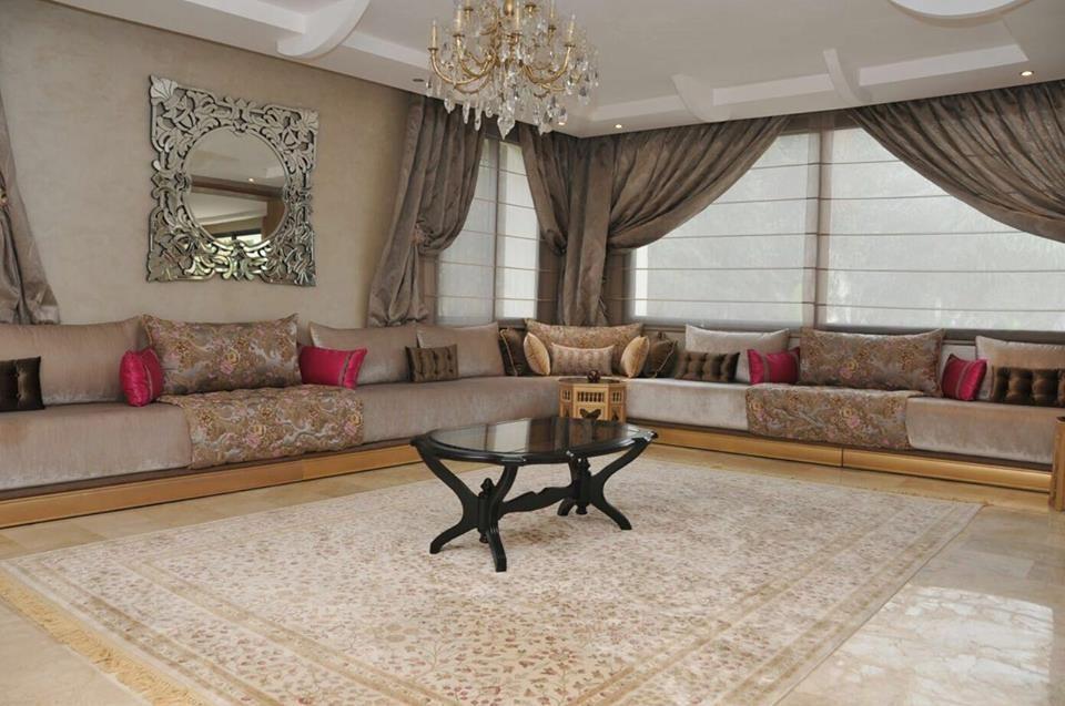 Salon marocain – decoration salon marocain – Intérieur sur mesure ...