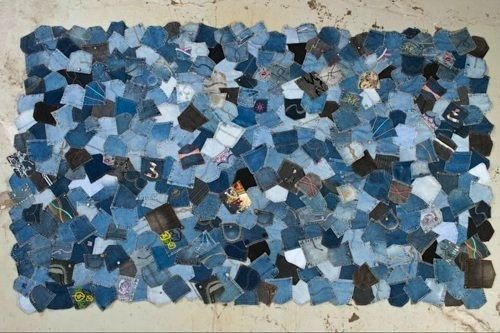 Blue jean pocket quilt, But I'm thinking it would make a cool rug ... : jean quilts ideas - Adamdwight.com