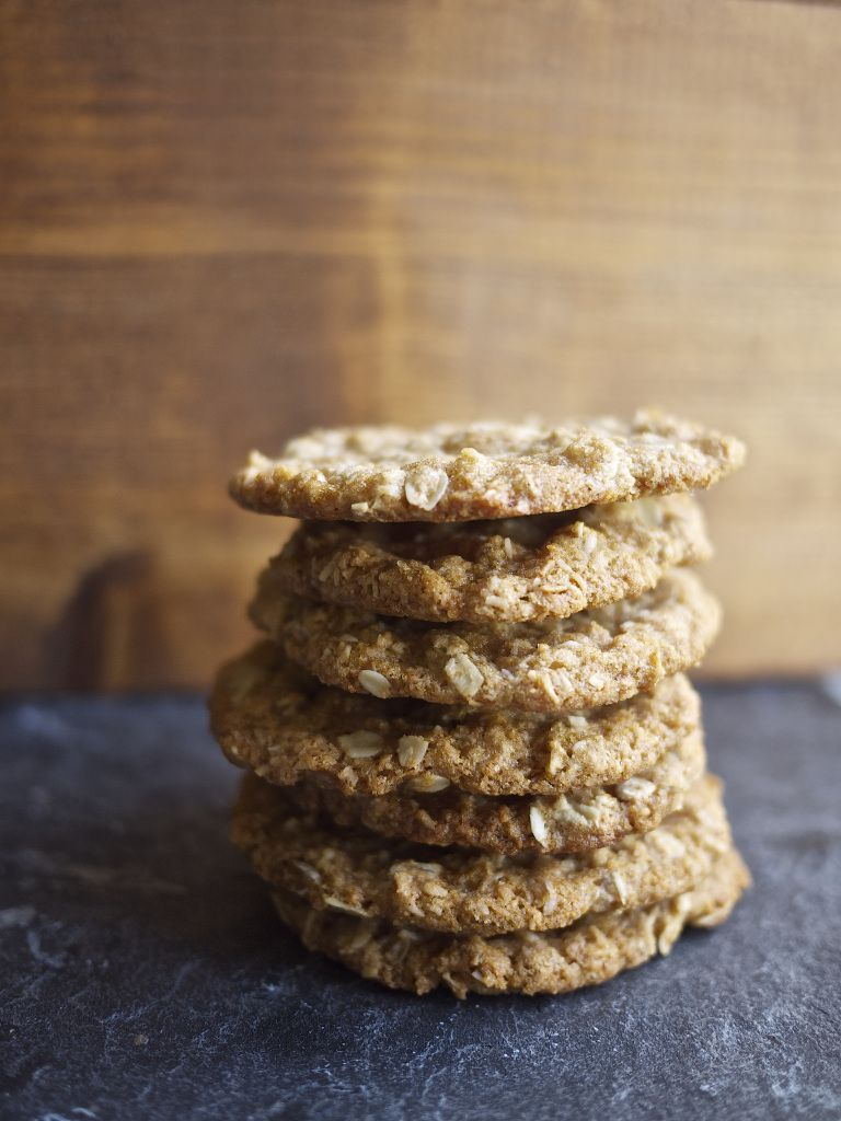 ANZAC Biscuits from Kiwi and Peach