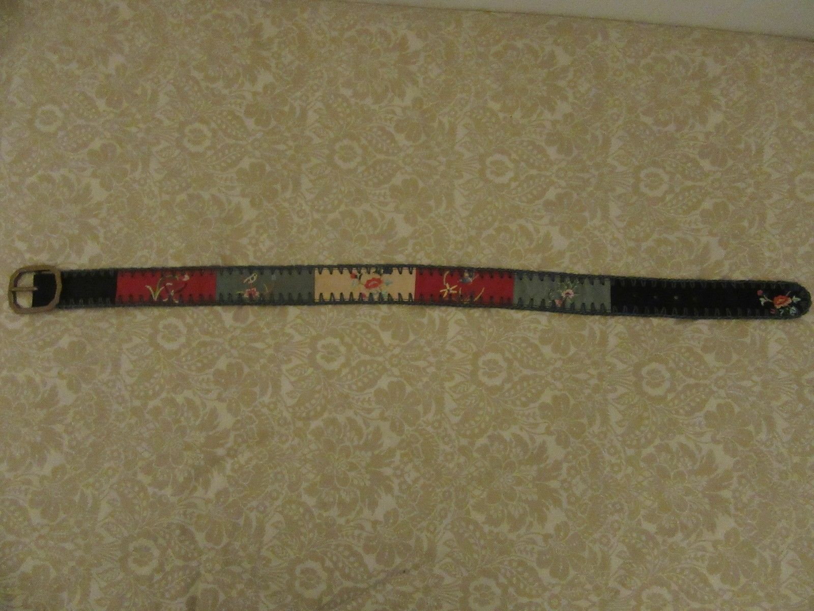 21.04$  Buy now - http://viizv.justgood.pw/vig/item.php?t=co3jr6w22847 - LUCKY BRAND Embroidered Belt Size Talle 28 NWT 21.04$
