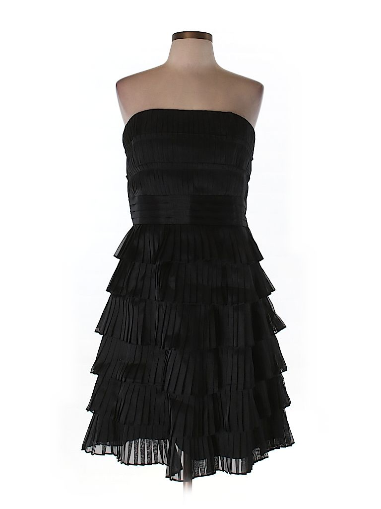 Check it out—White House Black Market Cocktail Dress for $47.99 at thredUP!