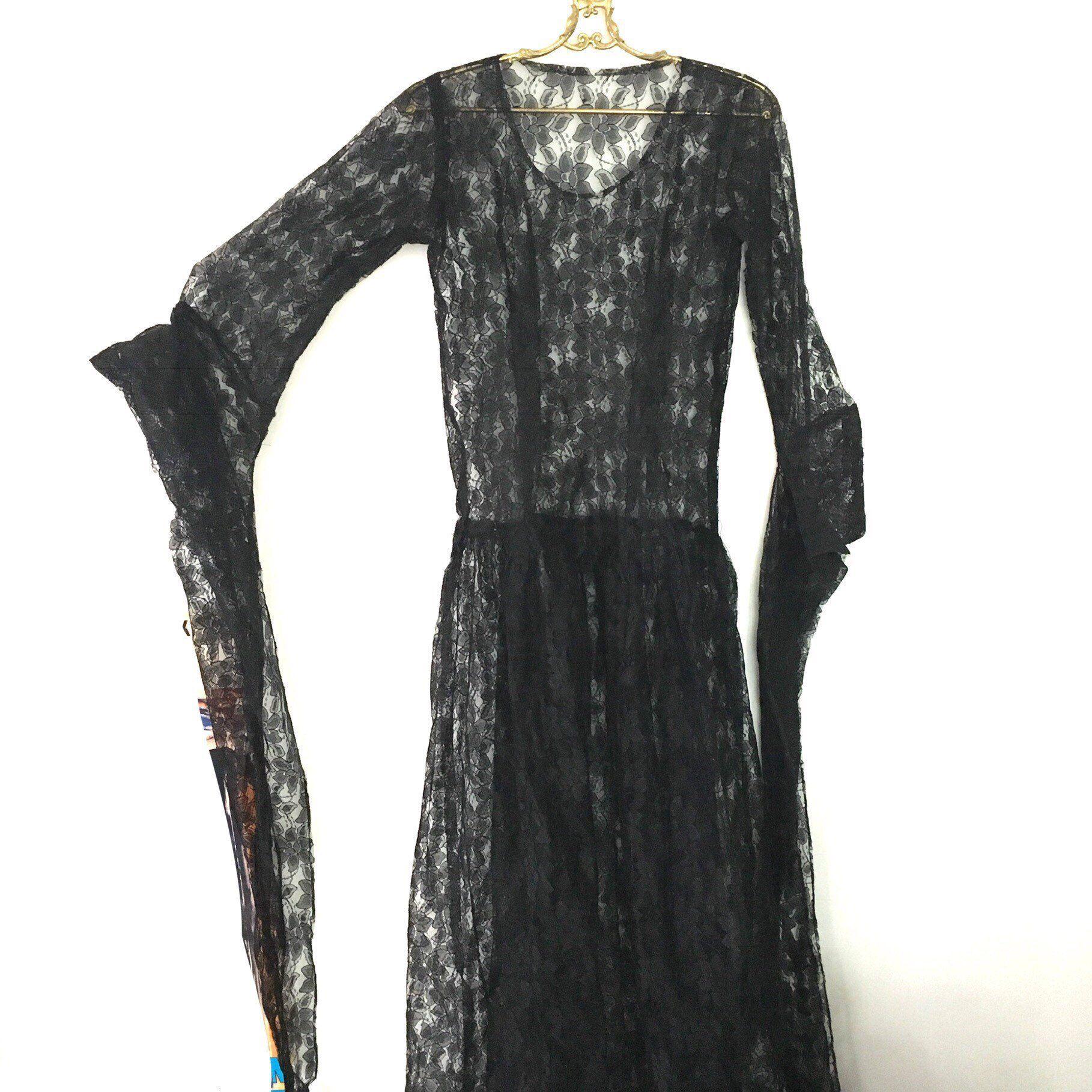 Vintage Black Lace Sorceress Dress Witchy Black Gown With Etsy Vintage Black Lace Dress Dresses Black Lace [ 1818 x 1818 Pixel ]