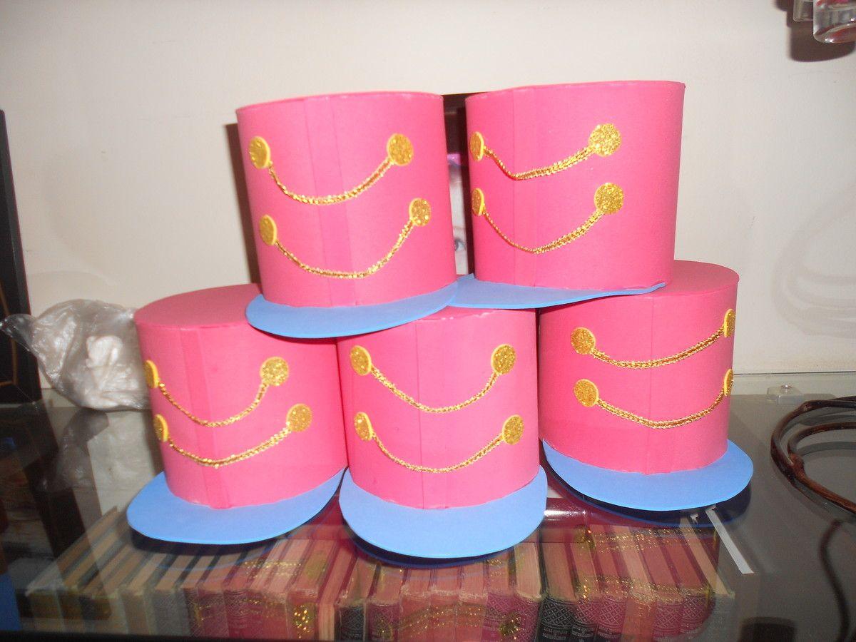 Chapéu feito em EVA 3b1ca88fdbd