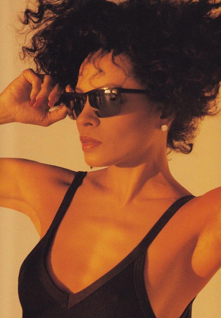 Diana Ross Pinteres