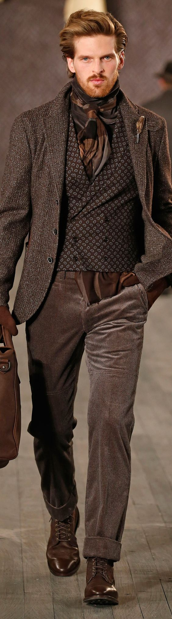 Extrem cooles - und leider nur bedingt tragbares - Herbstoutfit im Countrystyle in braun. | Joseph Abboud