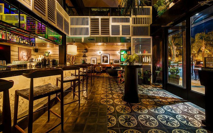 A Timeless Hollywood Haunt Bookended by LA Icons West