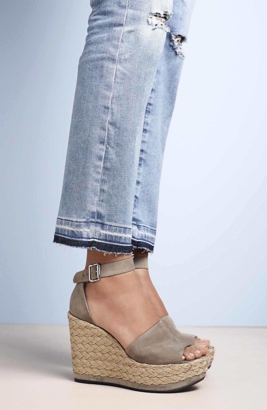 Stuart Weitzman Sohot Platform Sandal (Women's) 6LshDT