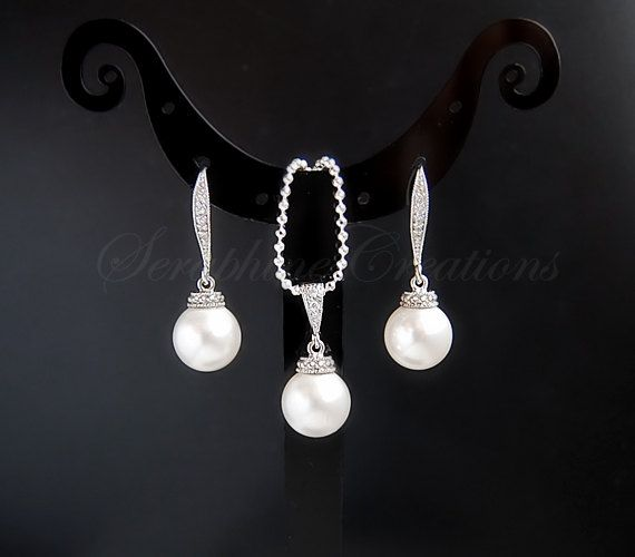 Pearl Bridal Earrings Necklace Set Wedding By Seraphinecreations 38 00