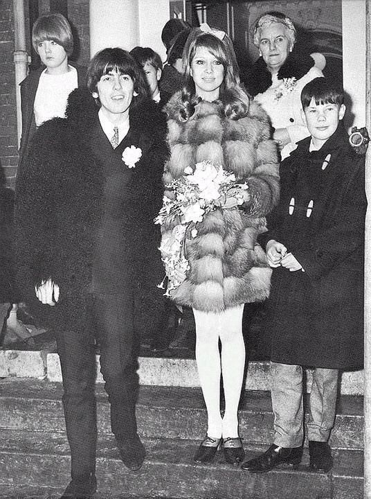 Celebrity Weddings Pattie Boyd And George Harrison 1966
