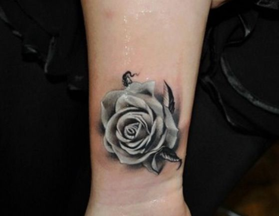 Black and white rose tattoo | Tattoo Tattoos Tattoos ...
