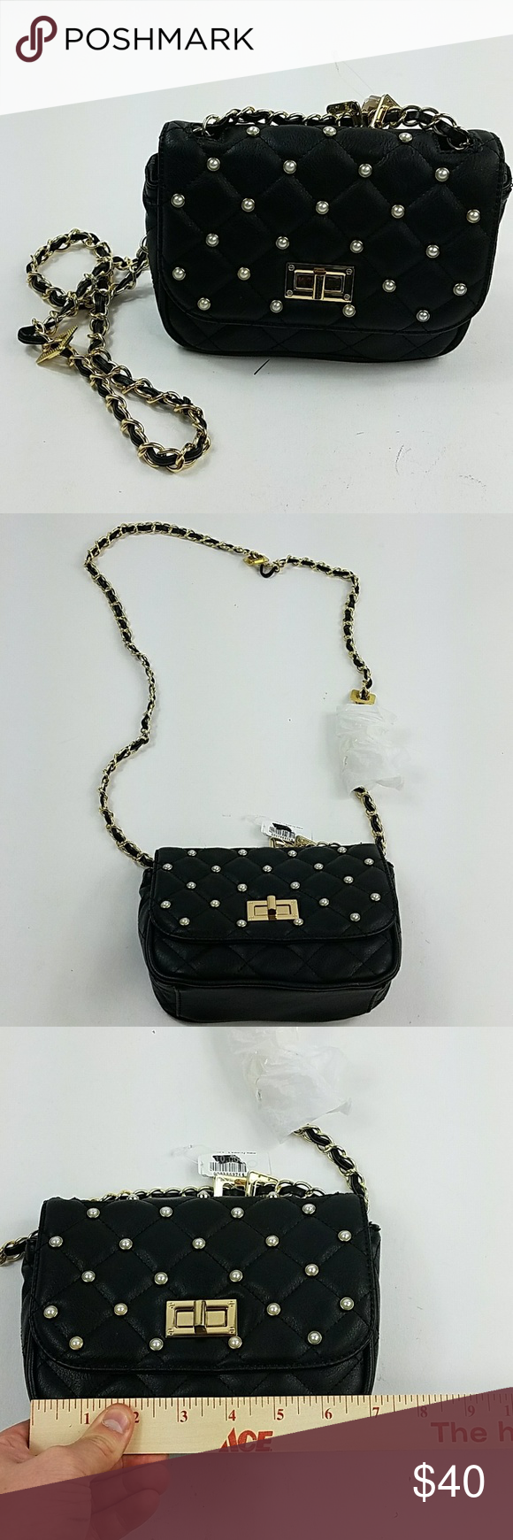f8b4eef1d5 Women s Like New Black Aldo Crossbody Bag JJ20    PLEASE READ DESCRIPTION  AND VIEW PICTURES THOROUGHLY BEFORE PURCHASING    Gender  Female Size  one  Color  ...