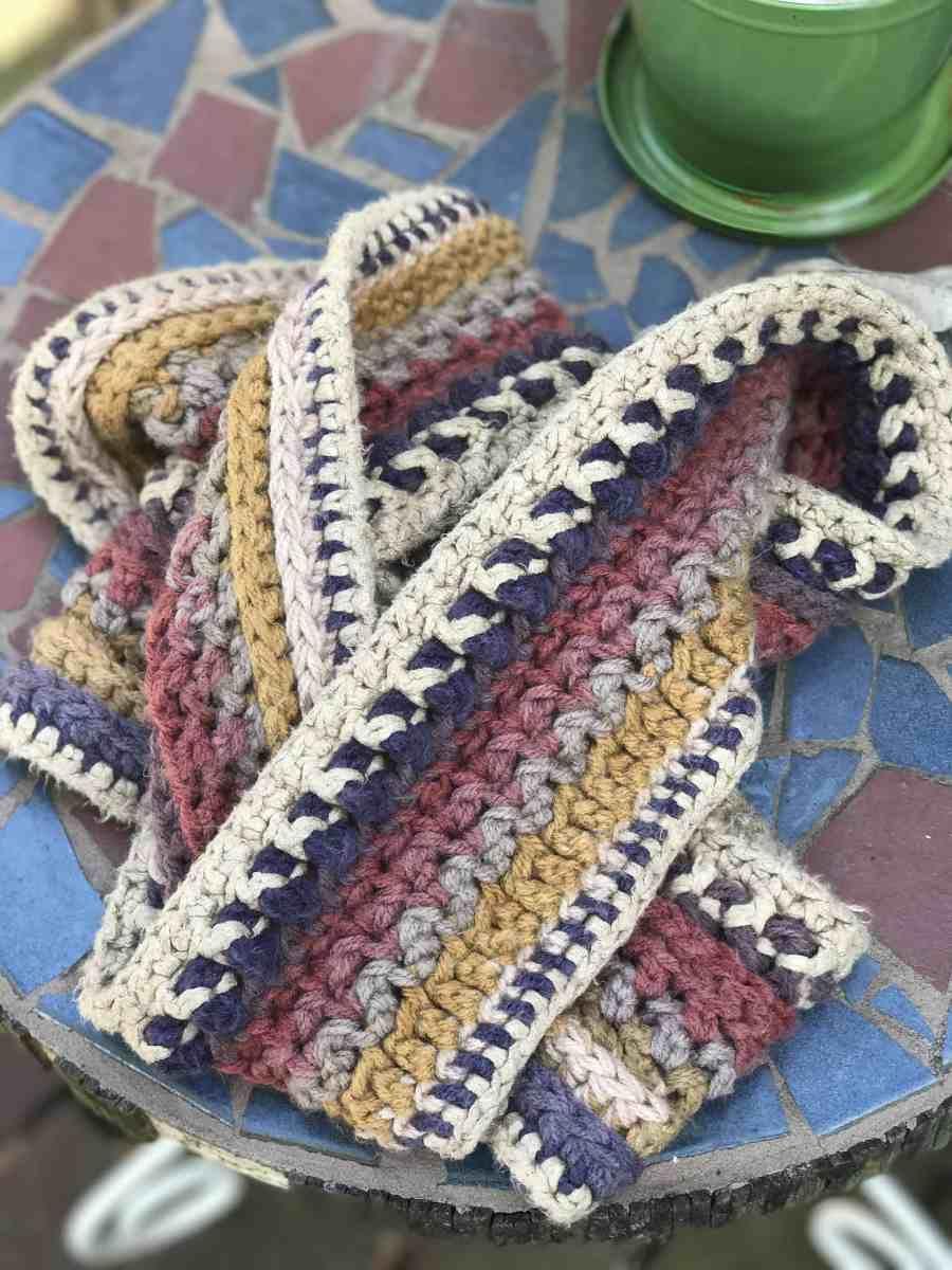 Mandala Centaur Infinity Scarf 7 Crafts Mandala Yarn Lion