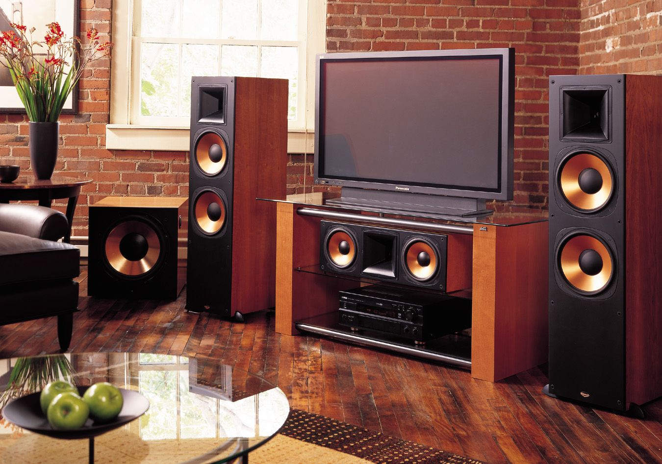 Now you can have your own hometheater with assistance of - Home theater sound system design ...