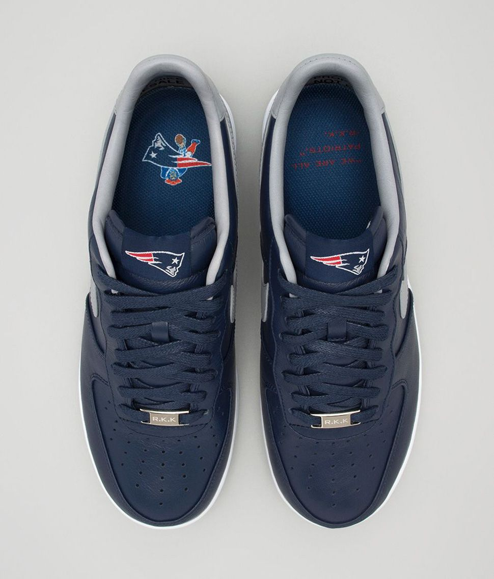 low priced 9a2e0 1b3a5 Nike Lunar Force 1 Low x New England Patriots