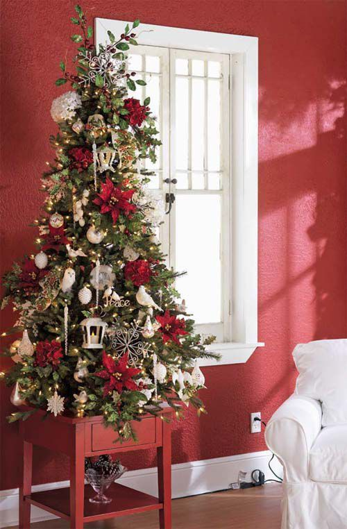 19 Fantastic Tabletop Christmas Trees That Are So Gorgeous With
