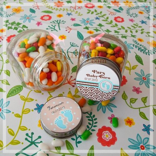 İsme özel etiketli, içi şeker dolu, hediyelik kavanozlar misafirlerinizi çok şaşırtacak.
