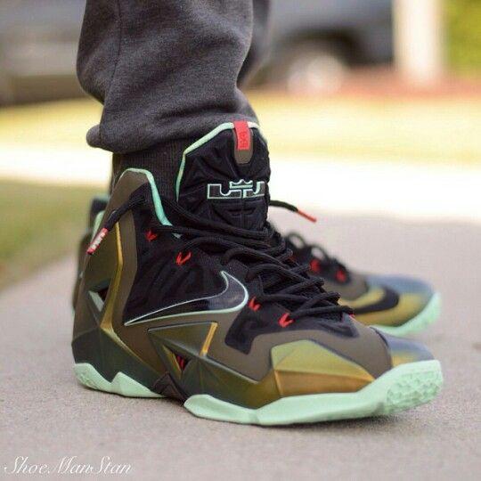 Nike Lebron 11 Kings Pride Toofly Sneakers Nike Nike Lebron