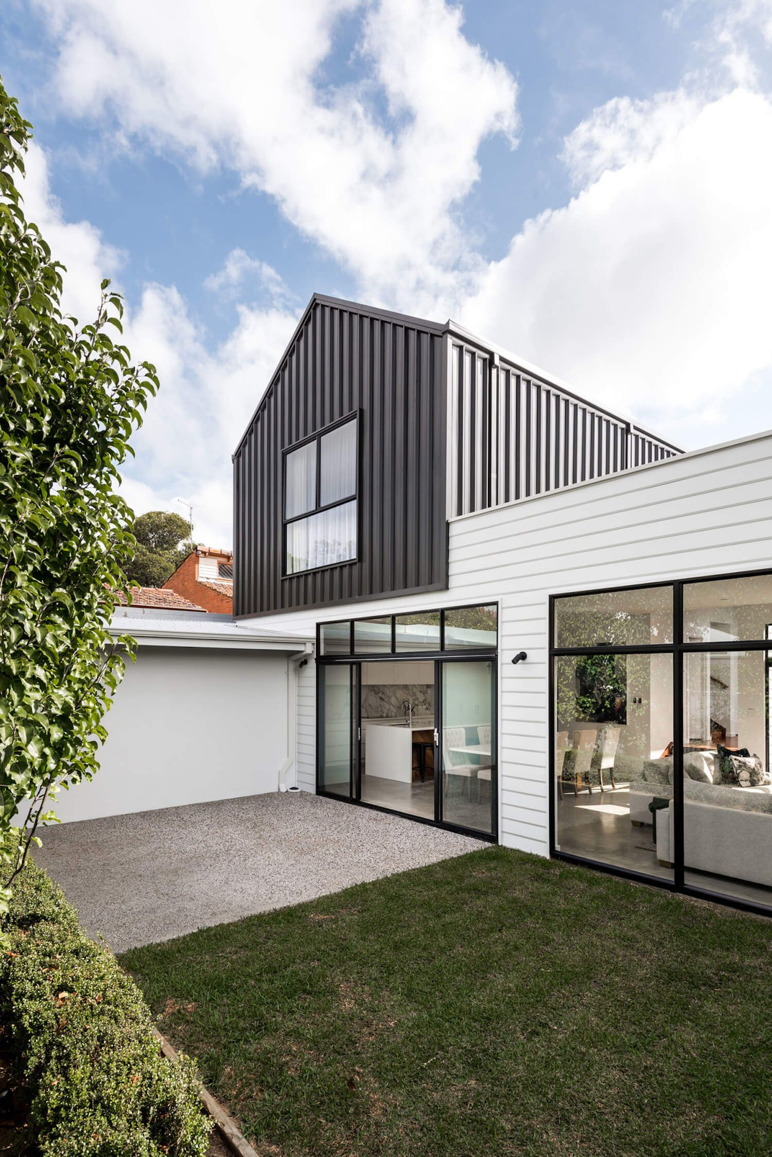 The pinterest house by sandy anghie architect exteriors - Modern weatherboard home designs ...