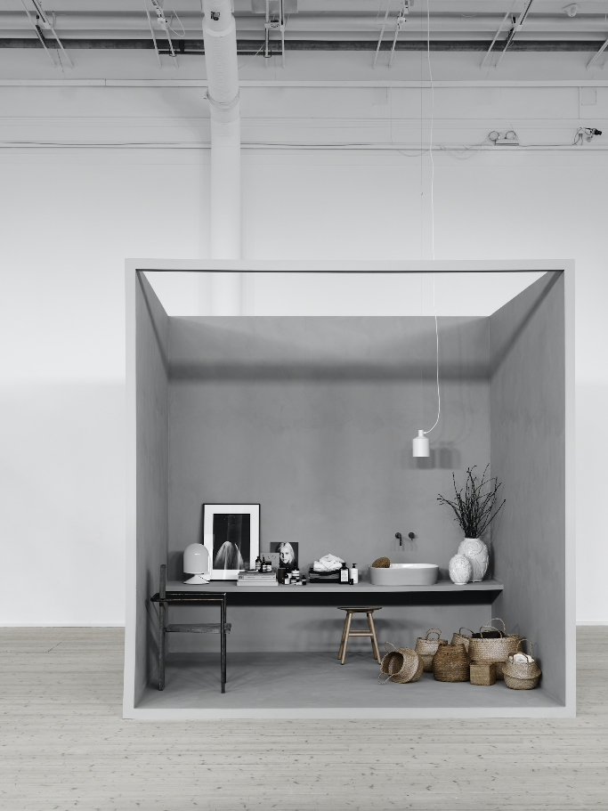 BOXED UP by Lotta Agaton grey