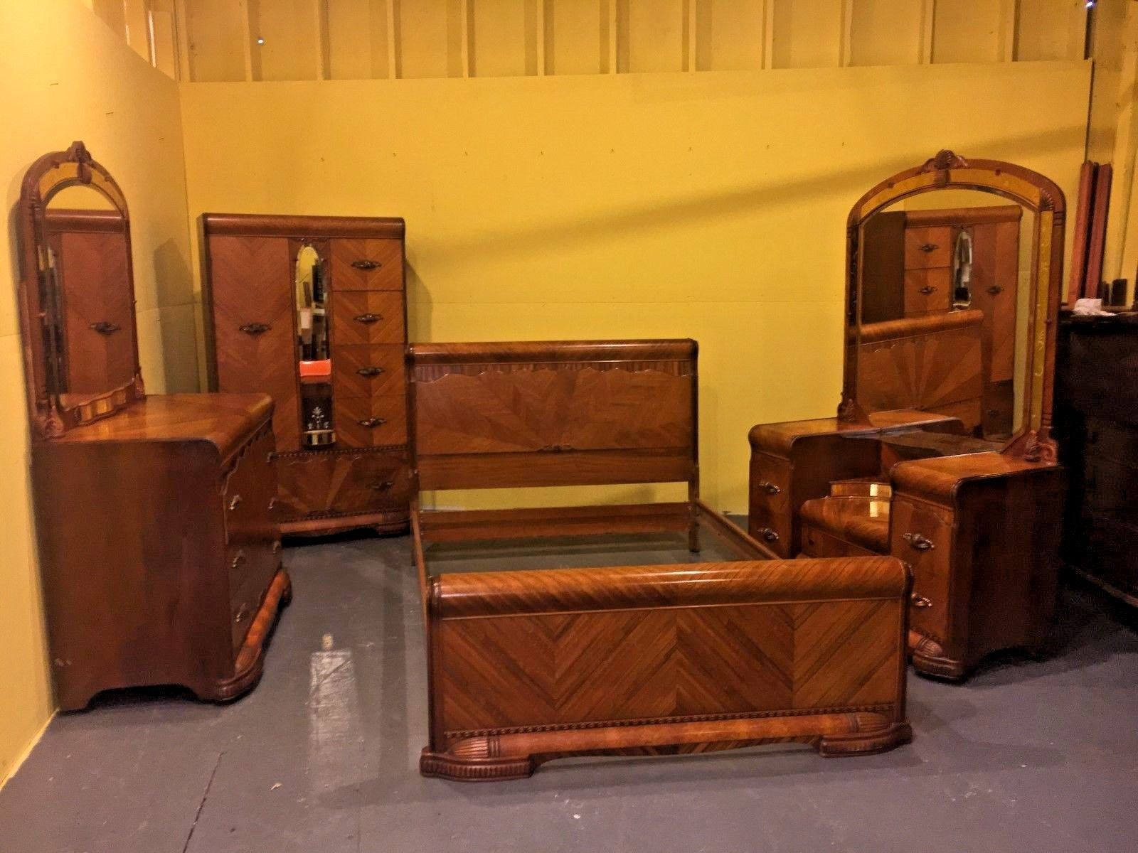 Antique Art Deco Waterfall Bedroom Set Ebay Art Deco Bedroom Furniture Waterfall Art Deco Waterfall Bedroom