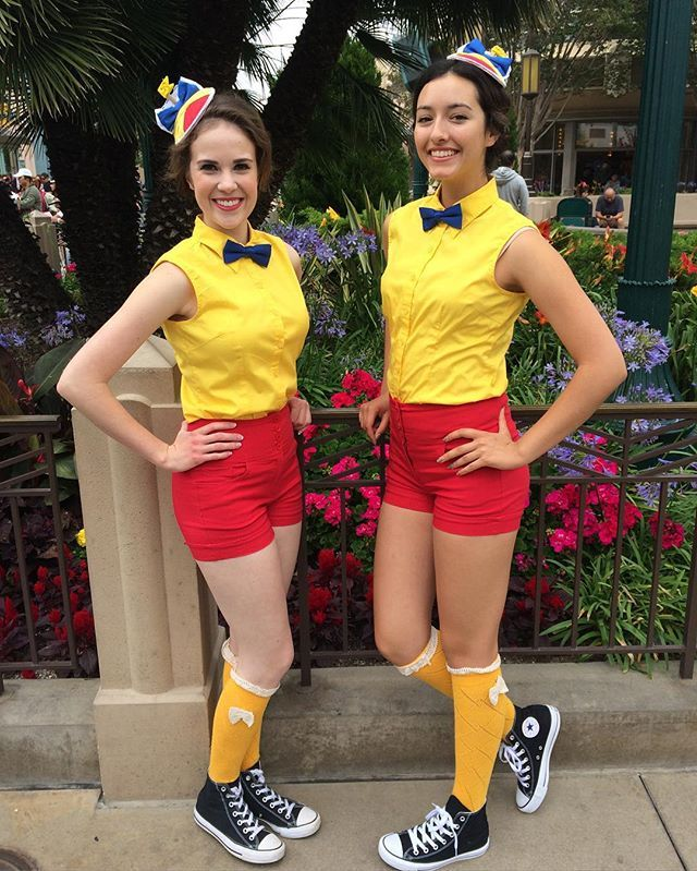 Disney Duos 21 Brilliant Costumes For Best Friends Tweedle Dee and Tweedle  Dum