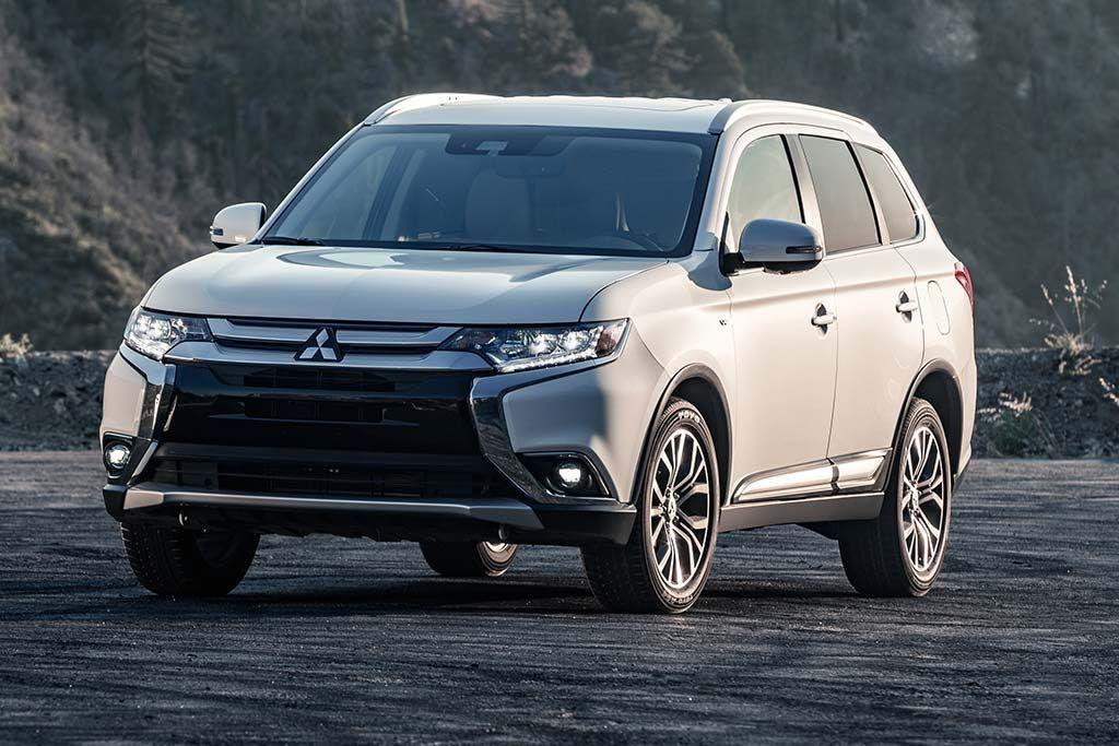 Mitsubishi Outlander Review in 2020 Mitsubishi outlander