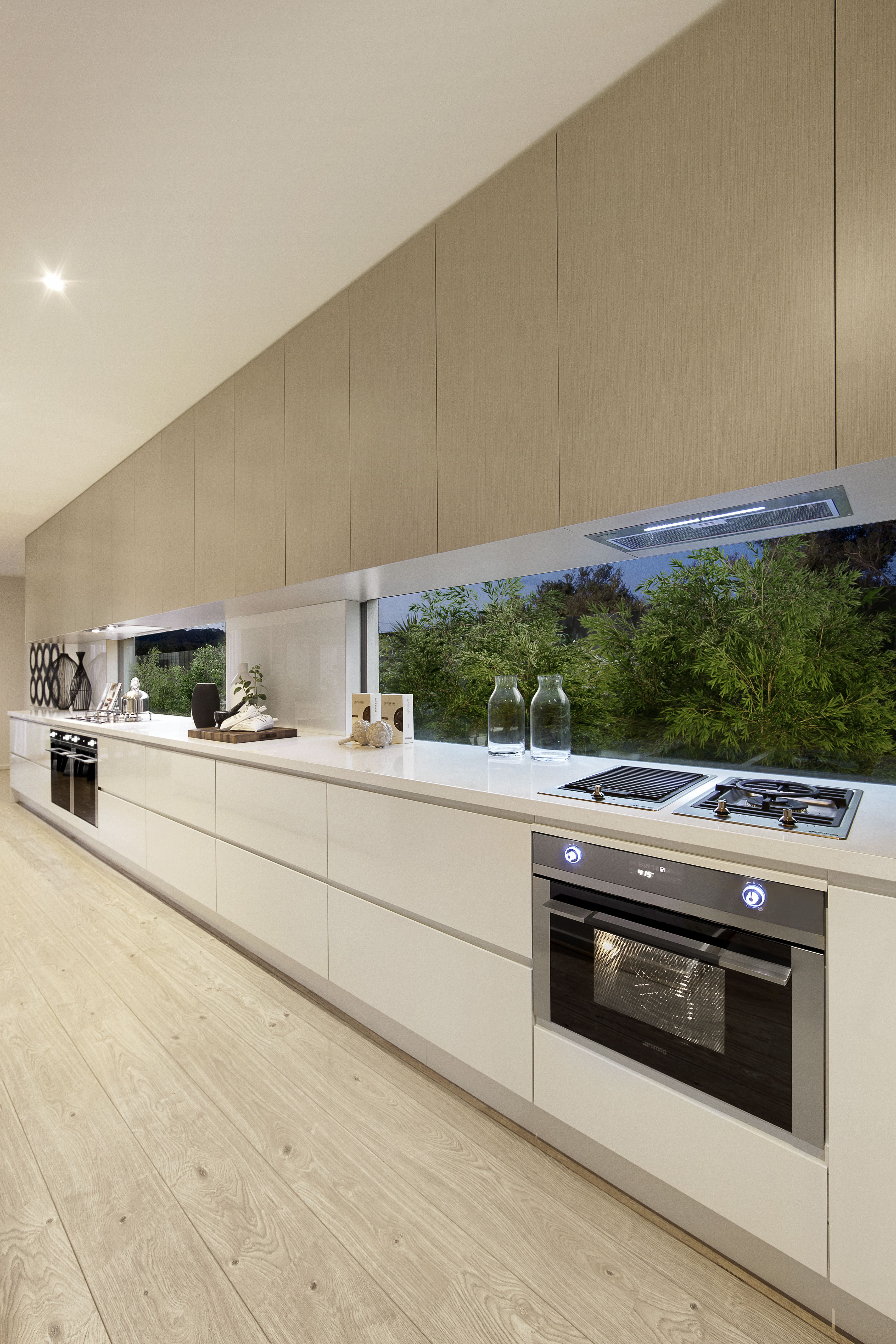 Clear Glass Backsplash This Flawless Kitchen Embraces Natural Light Through The Clear