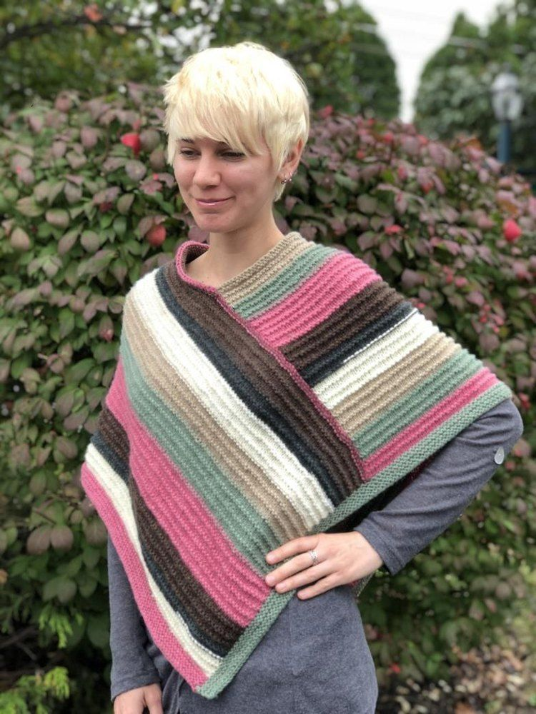 Ladies Poncho In Plymouth Yarn Free Knitting Pattern For Beginners