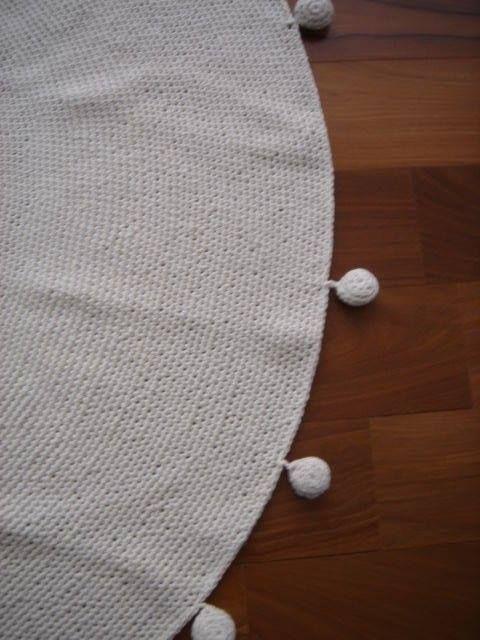 Alfombra de crochet  https://www.facebook.com/almacencuriosidades?fref=ts
