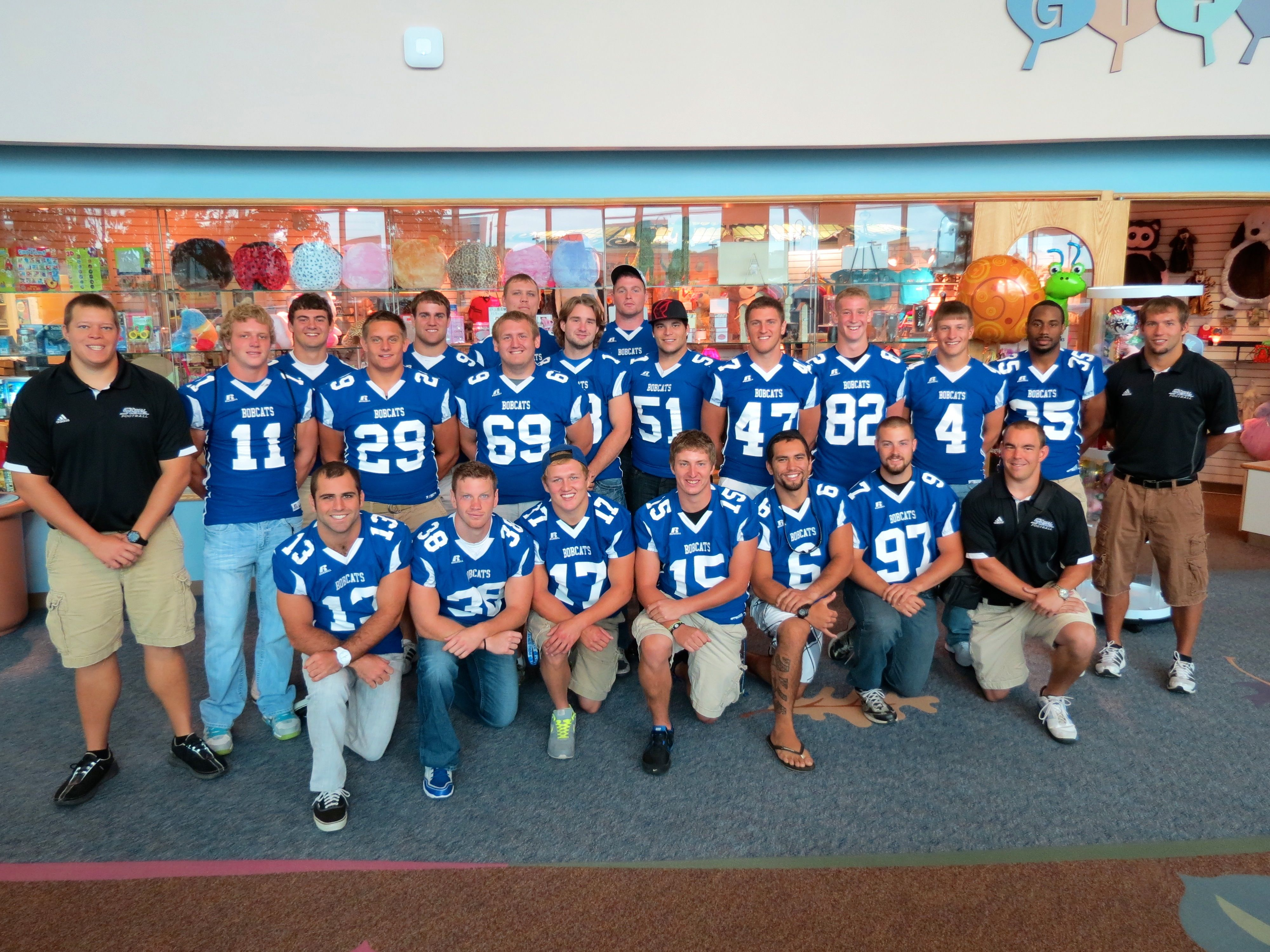 peru state college nebraska football team stops by to spend time