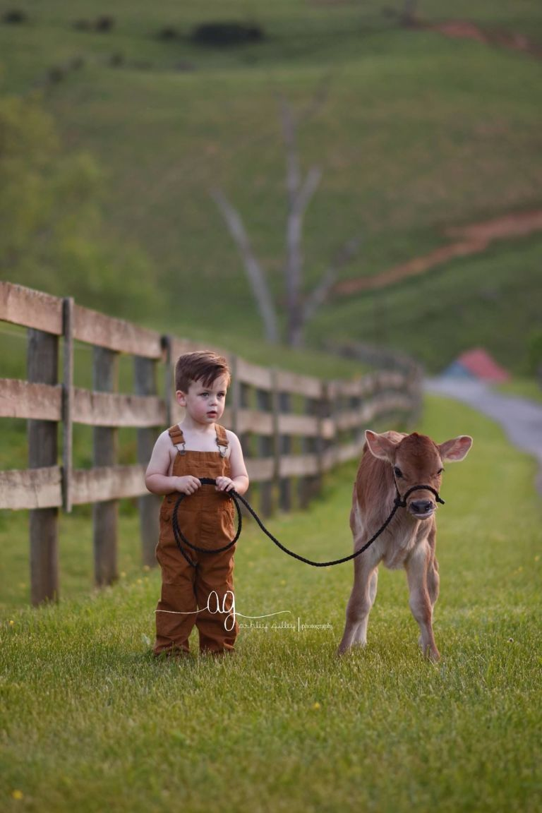 This Adorable Photoshoot Proves Farm Life Is the Best Life