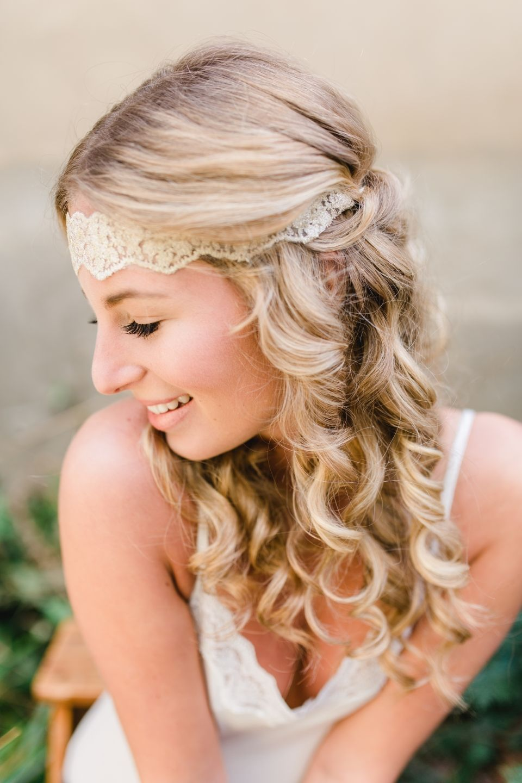 Trendige hochzeitsfrisuren für romantische sommerhochzeiten hair