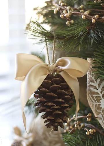 25 Super Idées de Déco de Noël Avec des Pommes de Pin (Faciles et Pas Chères).  – Lieux à visiter
