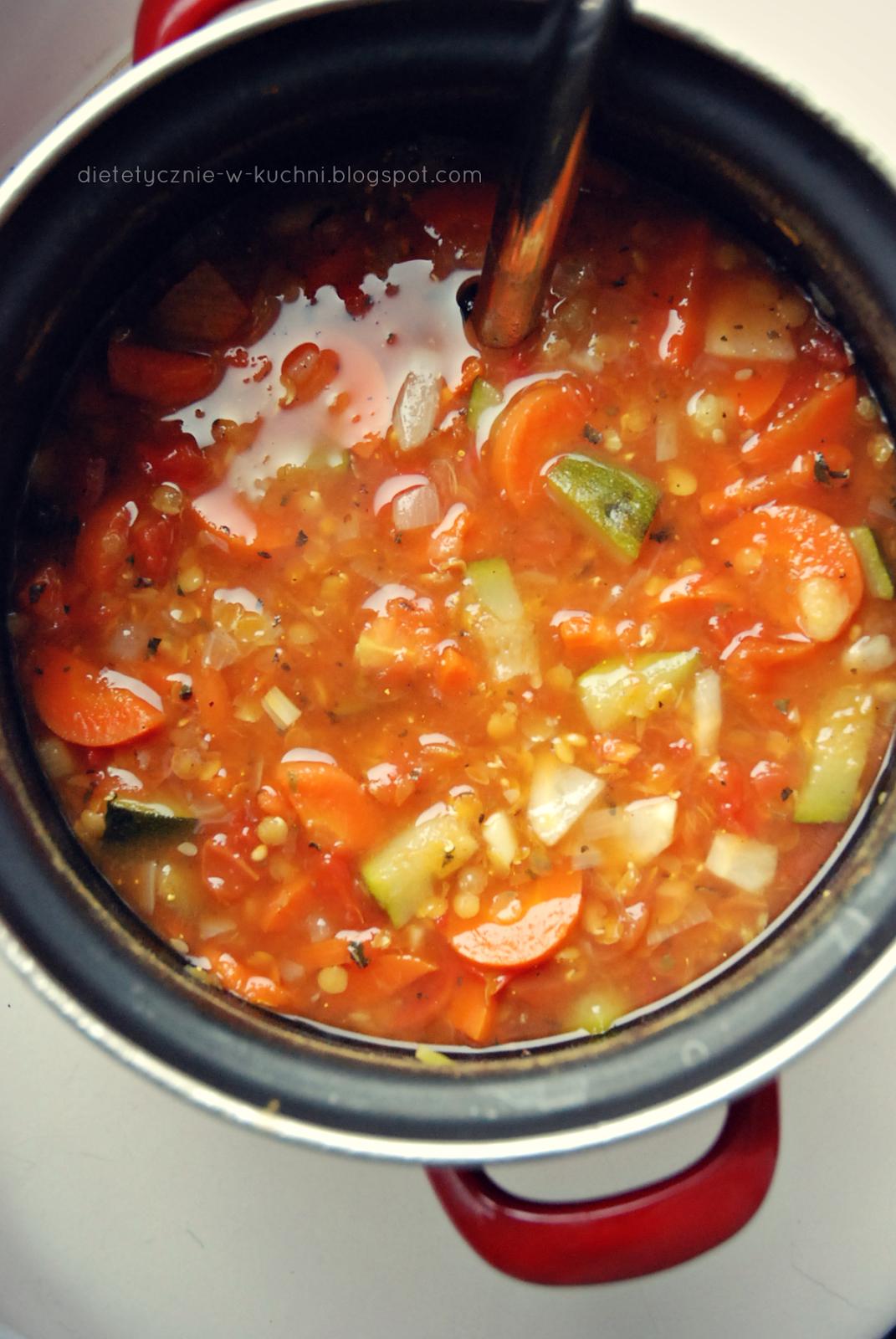 Moje Dietetyczne Fanaberie Zupa Curry Z Soczewica I Cukinia Zupy