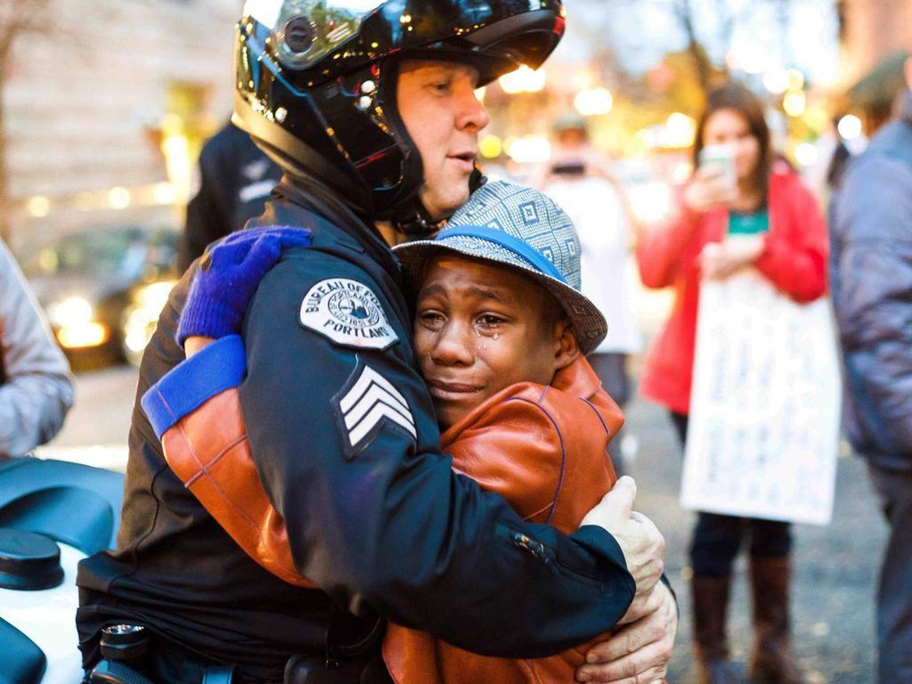 Cbs News On Twitter Ferguson Protest Ferguson Hug Photos