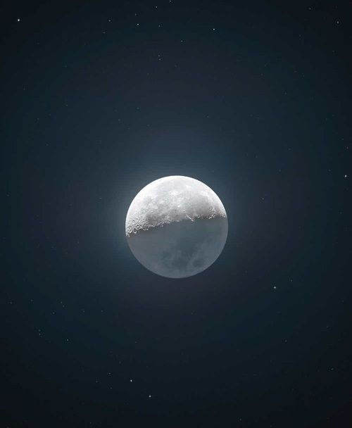 #moon #gwiazdy #kryszta #magia  https://weheartit.com/entry/301149909?context_page=205&context_type=explore