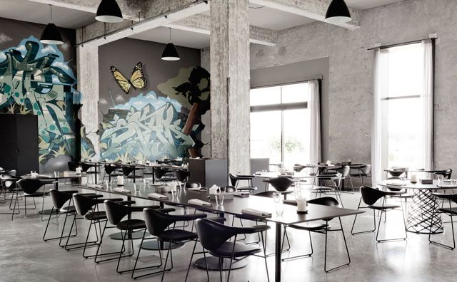 A Former Shipyard Building Is Transformed Into The Amass Restaurant In Copenhagen Interer Restoran