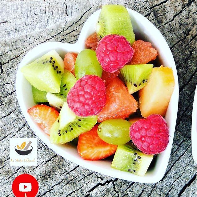 Manger les fruits 20 minutes avant les repas ou au moins 2 ...
