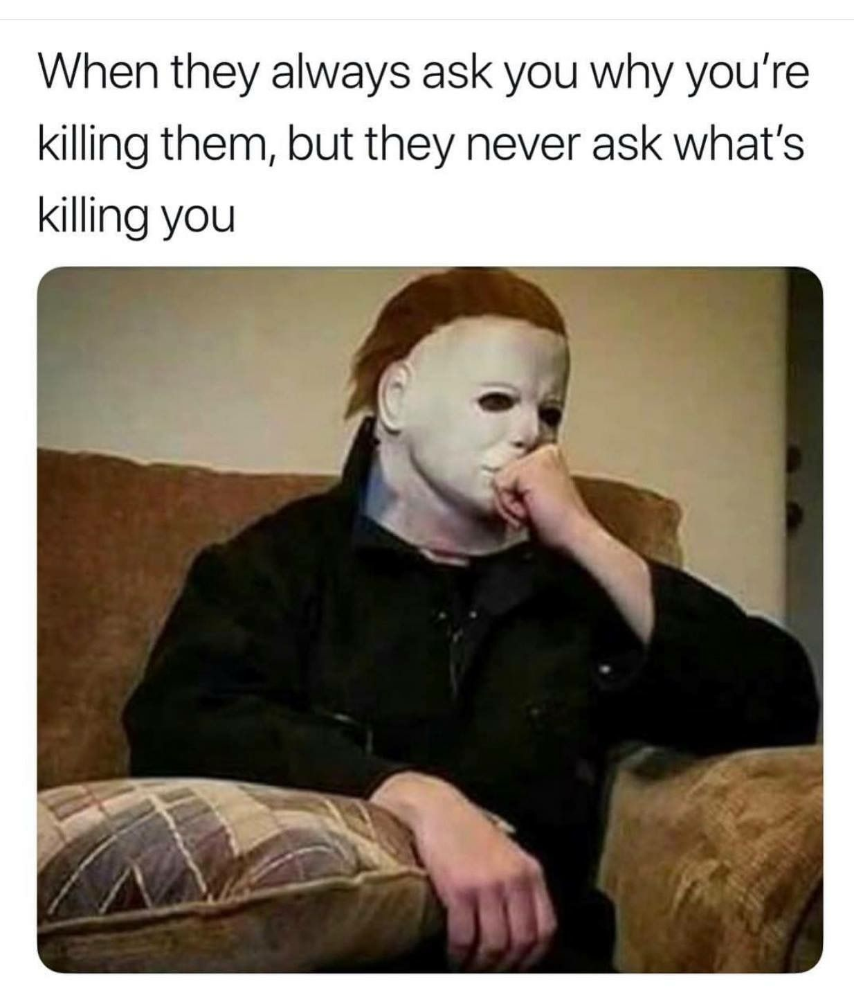 Pin By Rocio Rivera On Hardy Har Funny Halloween Memes Horror Movies Memes Dark Humour Memes