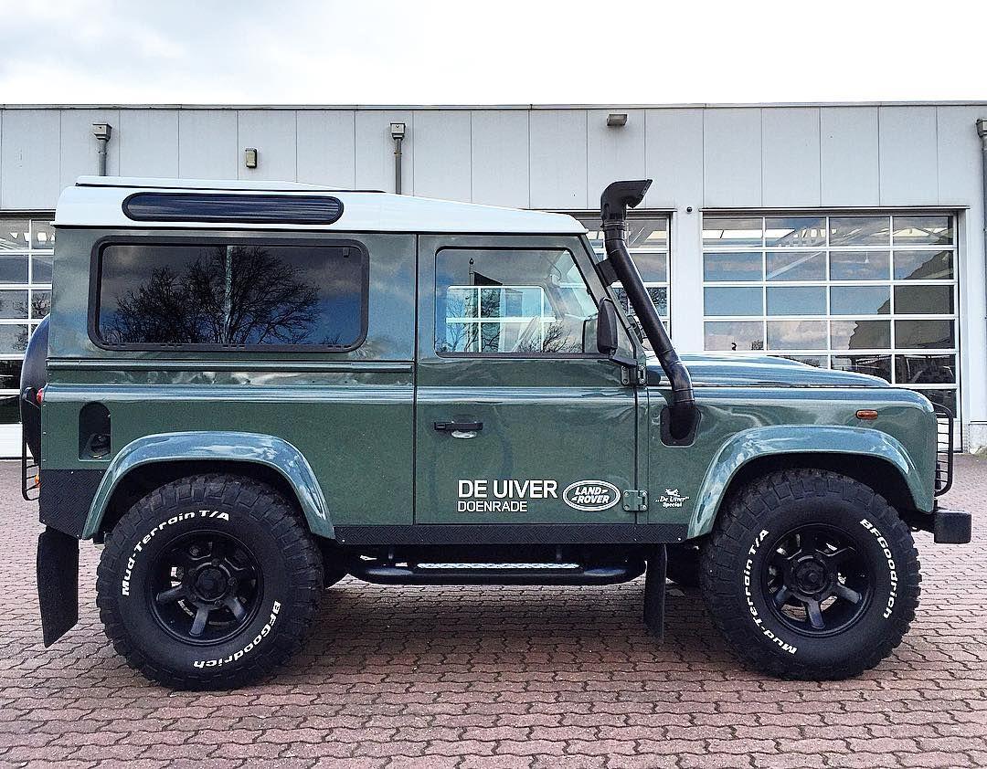 De Uiver Lr Dealer On Instagram The Perfect Land Rover Defender 90 In Keswick Green Landrover Defender Landr Land Rover Land Rover Defender Defender 90
