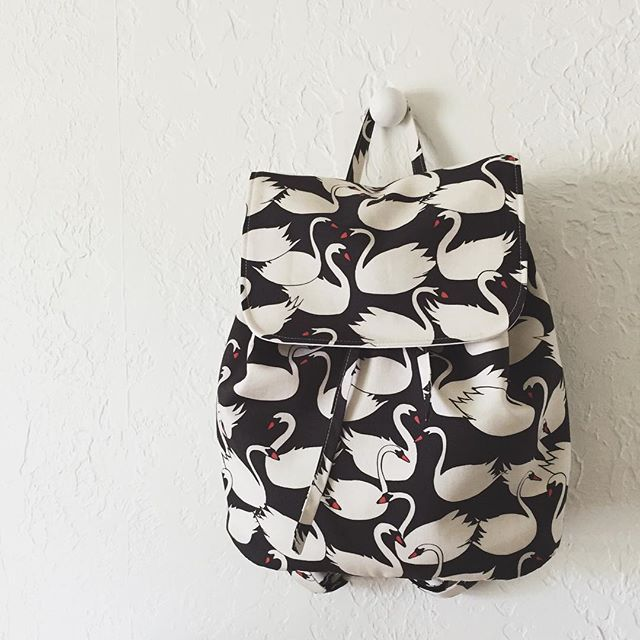 London Backpack | pdf sewing pattern by LBG STUDIO | Sew | Costura ...