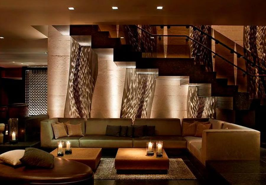 Luxury and artful lounge interior design of hotel palomar for Luxury hotel room interior design