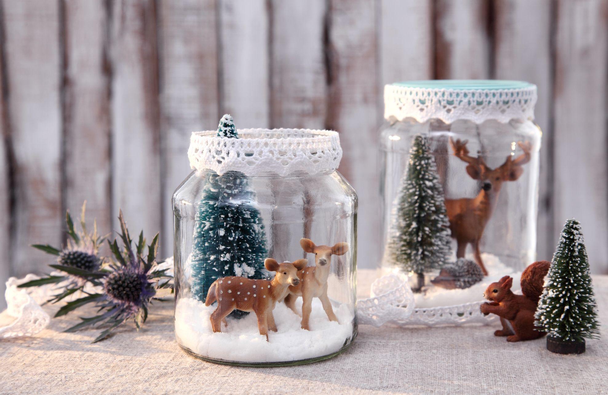 h ttenzauber im gurkenglas s e weihnachtsdeko aus tierfig rchen und kunstschnee advent. Black Bedroom Furniture Sets. Home Design Ideas
