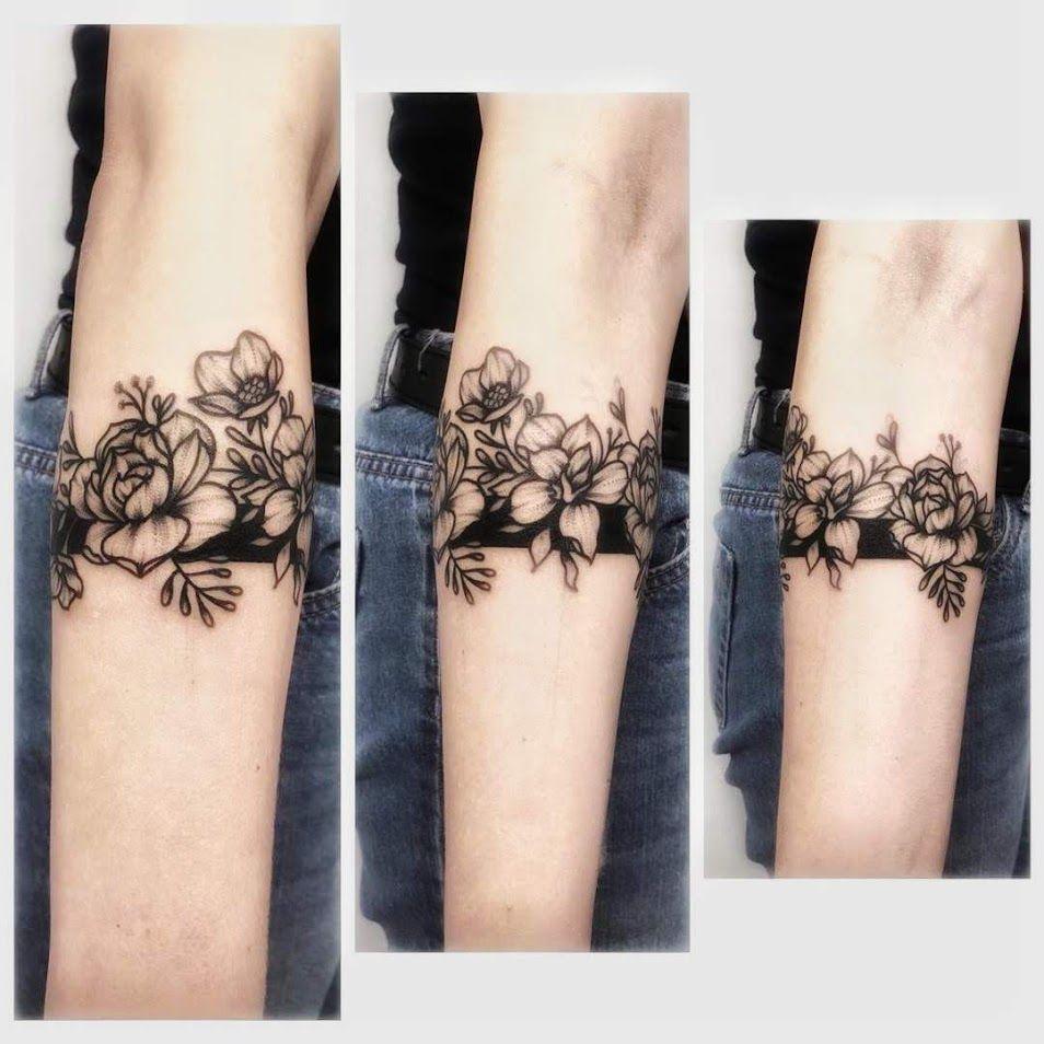 Flowerbandtattoo Dotwork Band Blackink Flower Wrist Tattoos Band Tattoo Forearm Band Tattoos