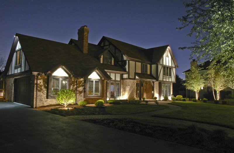 House Down Lighting | Outdoor Accents Lighting | Outdoor lighting ...