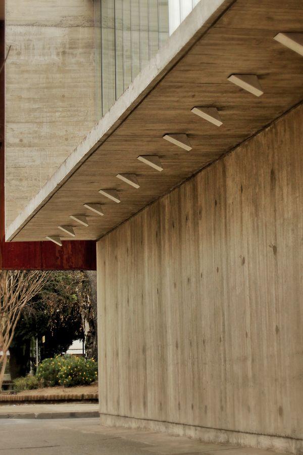 Curricular administrative building Lycée María Auxiliadora – SURco Arquitectura