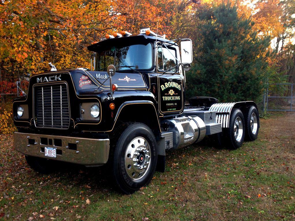 trucking old school rigs to model pinterest mack trucks trucks and big trucks. Black Bedroom Furniture Sets. Home Design Ideas